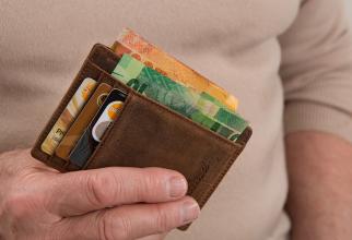 Scumpiri 2019. Informații ESENȚIALE: scumpiri, creșteri salariale, tarife înghețate