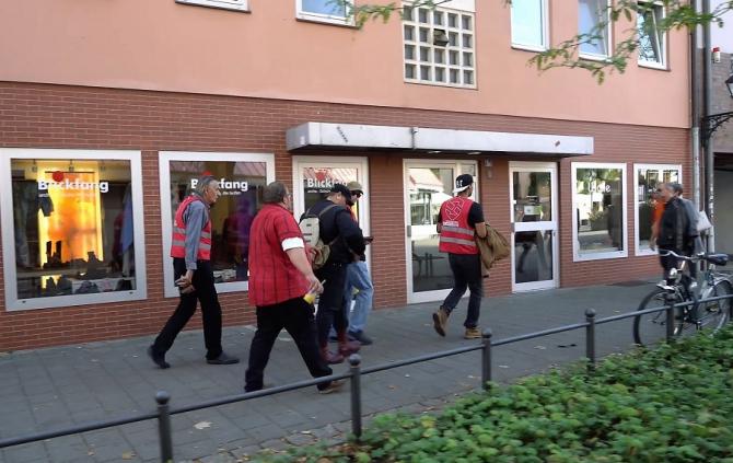 Situația inedită în Germania: Miliţii de autoapărare, într-un oraş din Bavaria