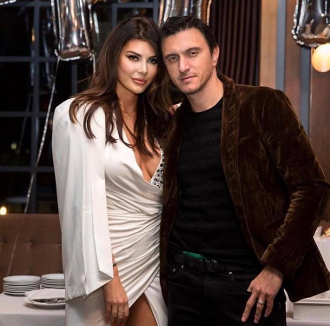 Dragoș Săvulescu, alături de soția sa, Angela Martini