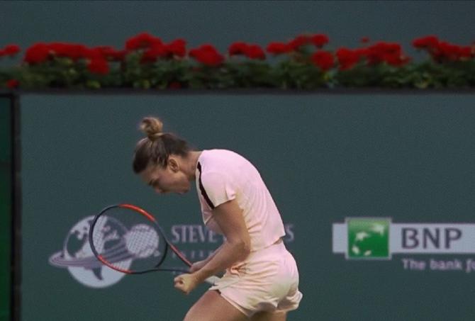 Simona Halep ora meciului. Debut direct în turul doi la Indian Wells