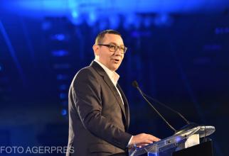 Candidatul Pro Romania la alegerile europarlamentare, Victor Ponta, presedintele Pro Romania, participa la evenimentul de prezentare a candidatilor la Alegerile Europarlamentare din 26 mai 2019, organizat de PRO Romania