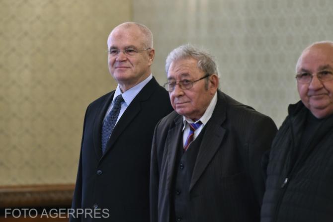 Consultari ale presedintelui Klaus Iohannis, cu membrii delegatiei Partidul Social Democrat (PSD), pe tema situatiei din domeniul justitiei, la Palatul Cotroceni.