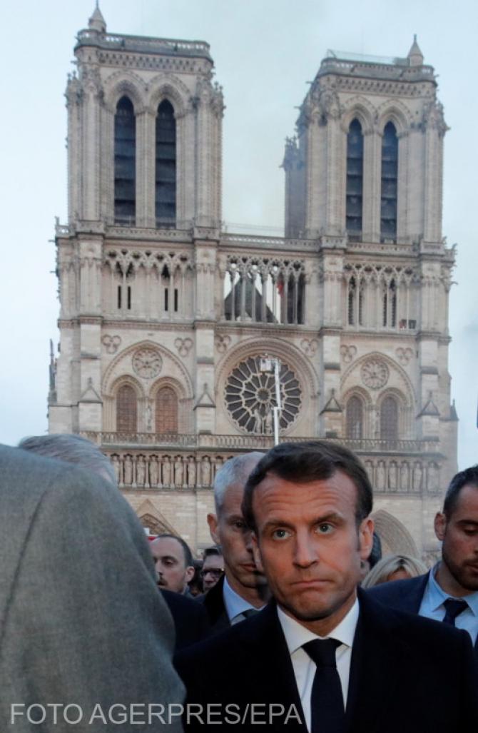 (w670) Macron la