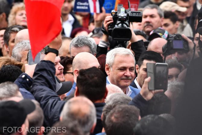 Presedintele PSD, Liviu Dragnea, participa la mitingul organizat de PSD, pentru prezentarea candidatilor la alegerile europarlamentare 2019, la Craiova.