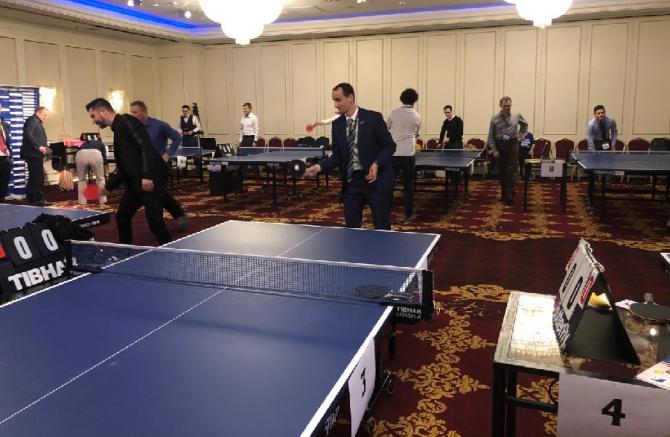 Oficialii UE și vedete mondiale au jucat tenis de masă la București