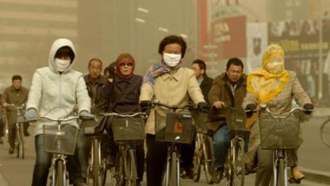 Poluarea aerului reduce speranta de viata cu minimum 20 de luni