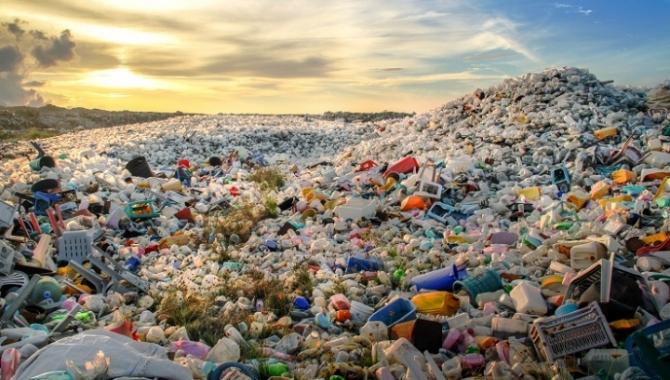 poluare cu plastic