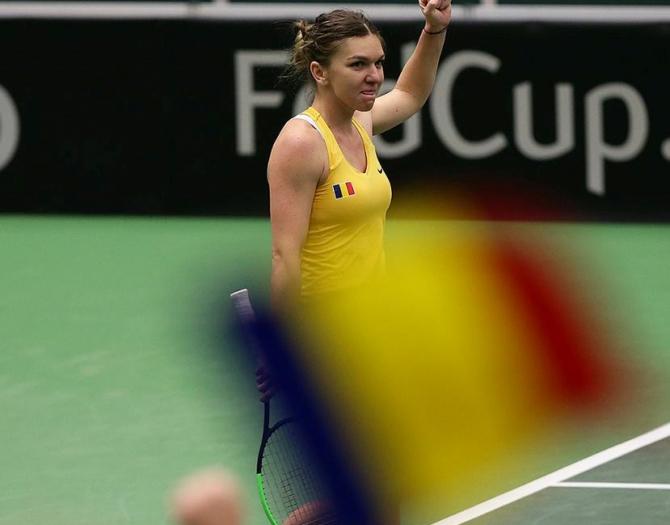 Simona Help Fed Cup