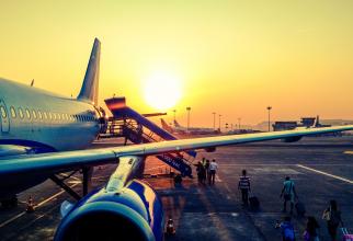 Avion - aeroport