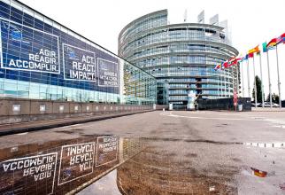 Europarlamentare: Prezenţa la vot în scădere afectează legitimitatea Parlamentului European