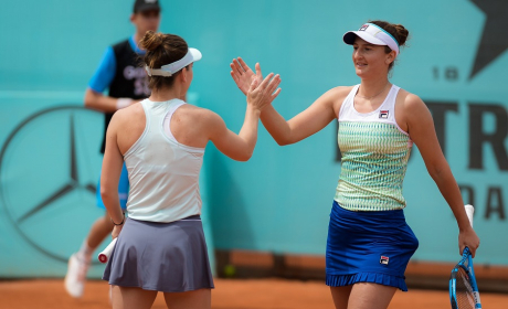 Tuesday's Set Points, WTA Madrid: Halep, Begu & Cirstea ...  |Halep Begu