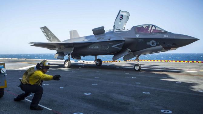 Un avion F 35A costă 85 de miliarde de dolari