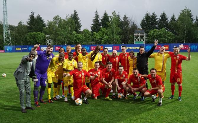FRF, gazdă a unui eveniment FIFA. A urmat un meci de fotbal cu reprezentanții asociațiilor africane. foto: FRF