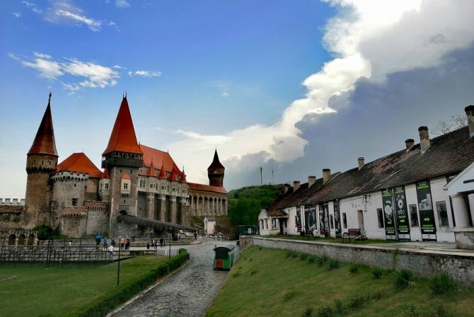 REPORTAJ: Târgul European al Castelelor - între Sarmizegetusa Regia şi Castelul Balcic