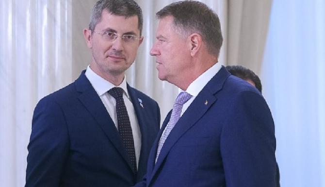 Barna / Iohannis