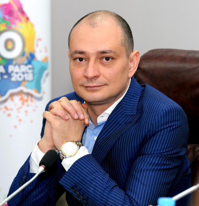 Daniel Băluță: Este un lucru îmbucurător că aceste familii, cu mulți copii, au în sfârșit o casă