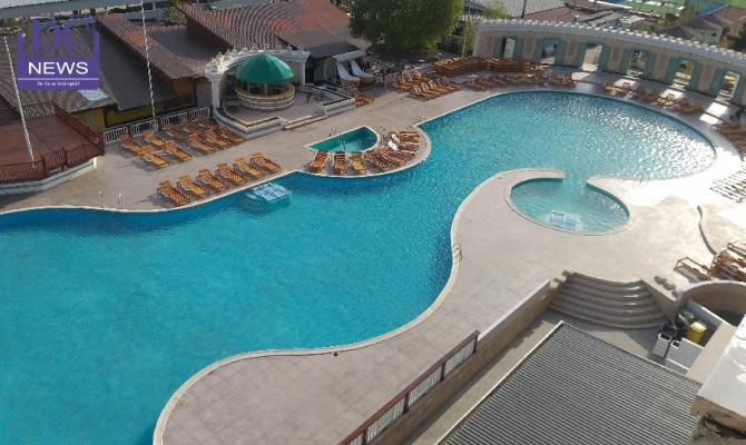 Turism - vacanta pe Litoral - piscina