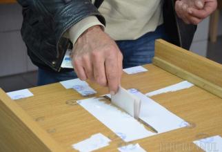 A crescut numărul românilor înscriși în Registrul electoral