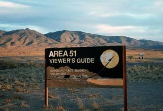 Zona 51 este o tabără militară de antrenament în aer liber a Forţelor Aeriene