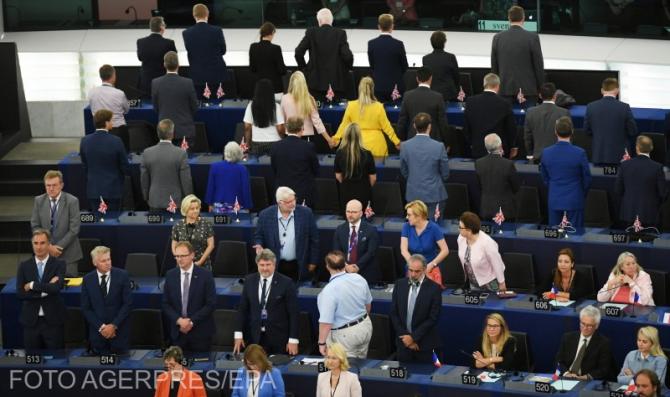 Deputații-Brexit-cu-spatele-în-PE