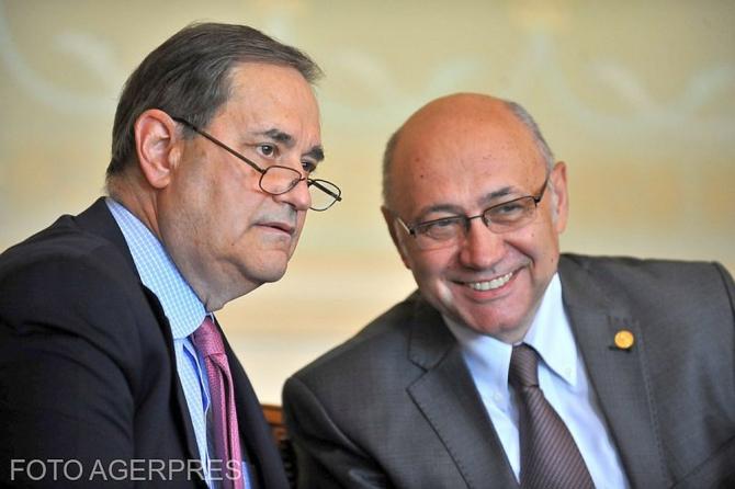 Prof dr Francis Delmonico și prof dr Irinel Popescu. Foto: Agerpres