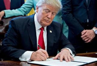 Trump: Este necesar să blocăm proprietăţile guvernului Venezuelei