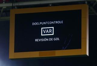 Sistemul VAR la CFR Cluj - Slavia. foto: uefa.com