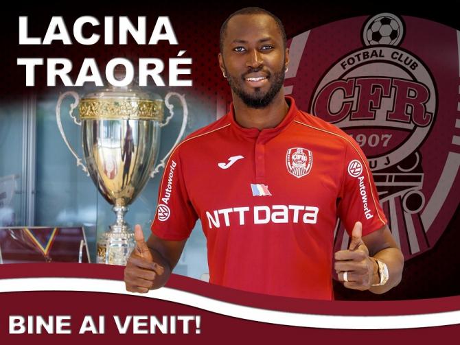 Lacina Traore s-a întors la CFR Cluj. foto: @cfr1907 - FB