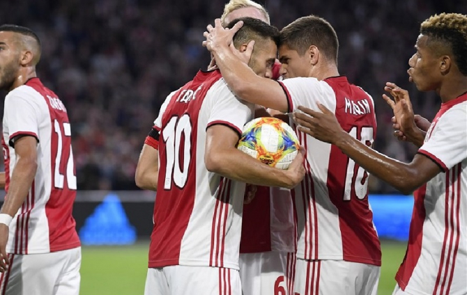 Răzvan Marin, Ajax Amsterdam. foto: ajax.nl