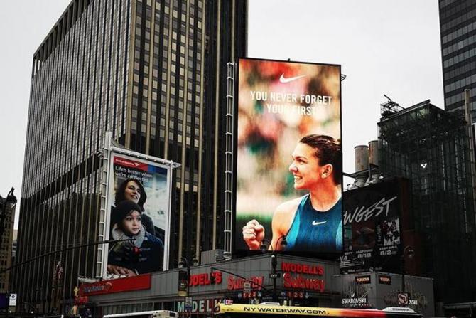 Simona Halep, vedetă în Times Square