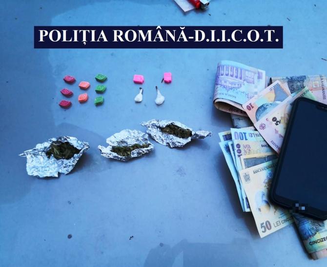 Droguri descoperite de polițiștii din Constanța.