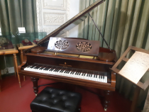 Photo description: C.BECHSTEIN upright piano and Steinway & Sons piano were brought from Paris, after the compositor's disappearance