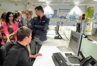 Pedro Esquiva, unul dintre experții acestei companii cu deficiențe de vedere, care auditează site-ul Băncii Naționale a Spaniei