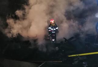 Incendiu. Intervenție pompieri. FOTO: ISU Prahova
