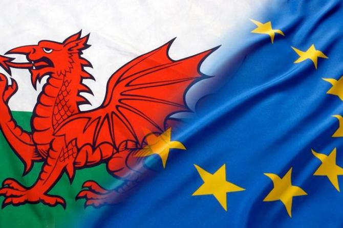 41% dintre respondenţi ar sprijini independenţa dacă acest lucru ar conduce la rămânerea Ţării Galilor în UE,