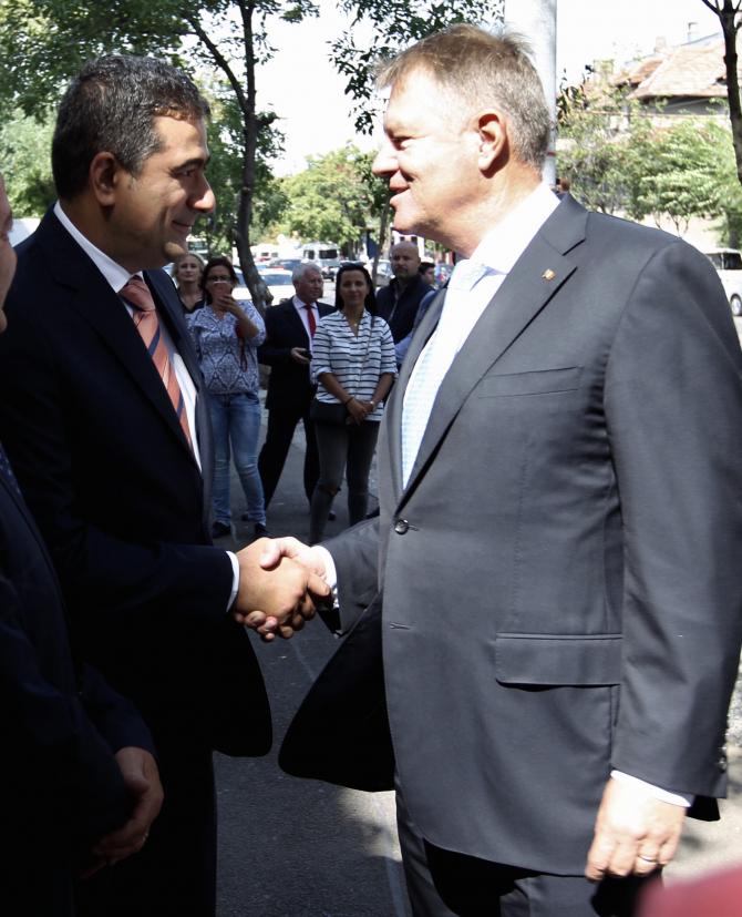 Klaus IOhannis, alături de Dan Cristian Popescu la deschidearea noului an școlar