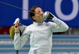 Ana Maria Popescu, spadă