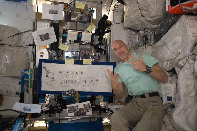 Parmitano va urmări confruntarea din grupa B în Staţia spaţială internaţională (ISS). foto: @AstronautLucaParmitano - FB