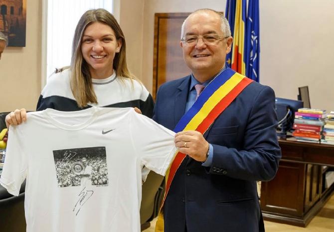 Simona Halep, propunere onorantă din partea lui Emil Boc