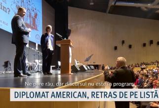Momentul când consulul Republicii Turcia în Constanța îi spune adjunctului șefului misiunii diplomatice a Ambasadei SUA la București că discursul său nu este în program (FOTO: captură Dobrogea TV)