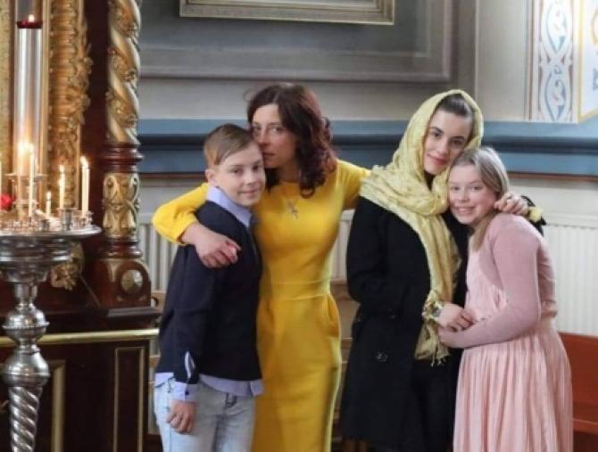 Camelia Smicală și copiii săi, Maria și Mihai, reținuți de statul finlandez