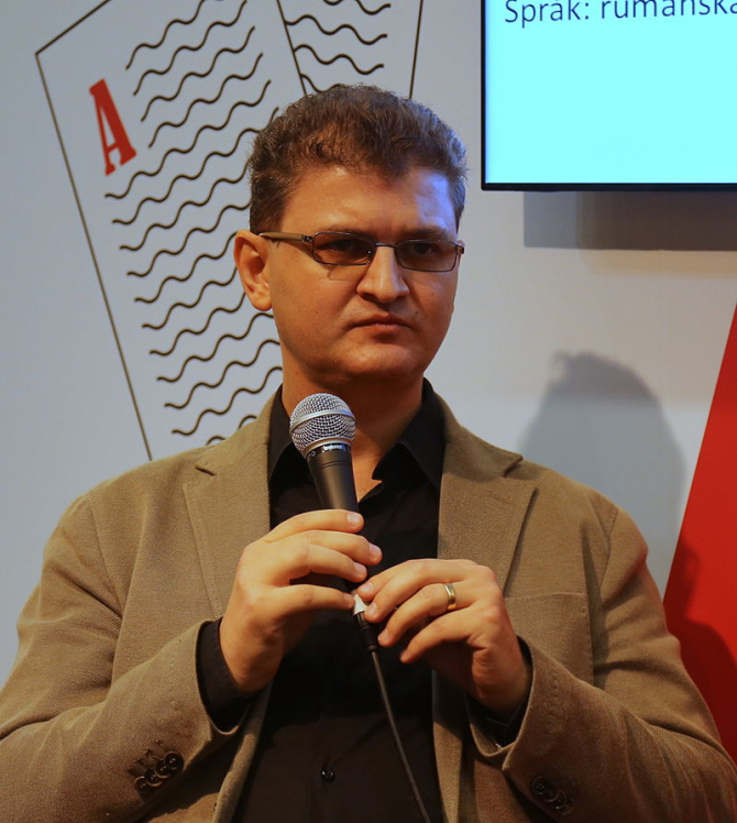 Daniel Cristea Enache