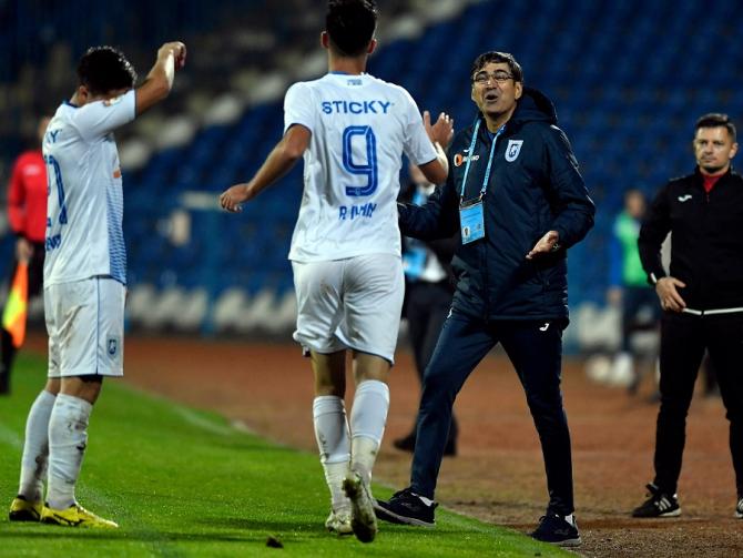 Universitatea Craiova - Dinamo, rezultat cu multe goluri în Liga 1 foto: @UCVOficial - FB
