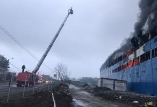 Incendiu Câmpia Turzii. Foto: ISU Cluj