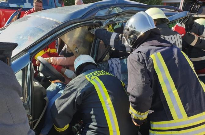 Accident auto. foto ilustrativ