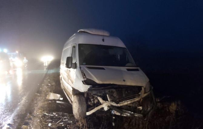Accident microbuz, foto informativ, ISU Giurgiu.