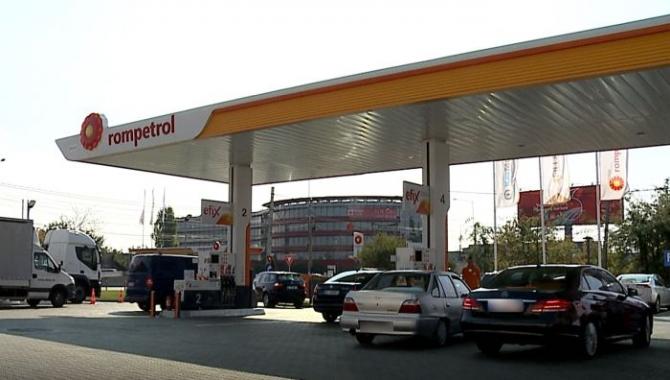 Mit: se poate sau nu să avem apă în benzină