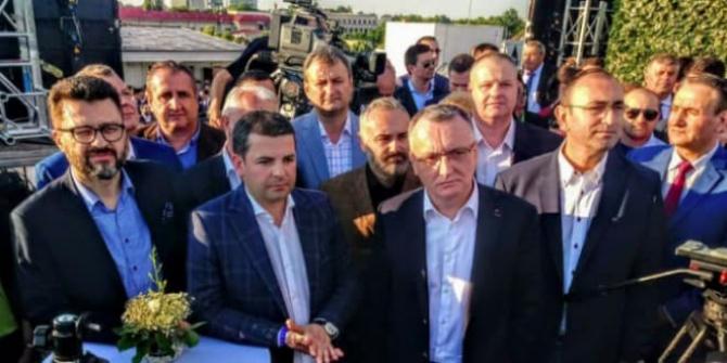 Membrii care au fondat Pro România