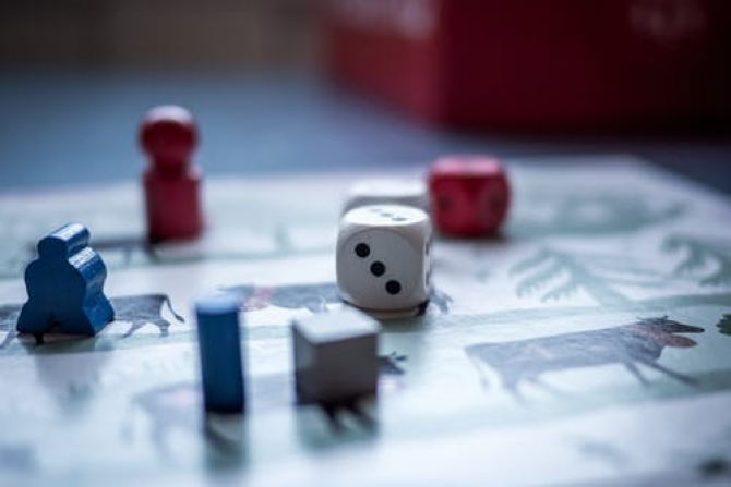 Jocurile de dezvoltare personală, concurență pentru jocurile video