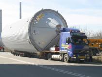 Etapele de desfășurare ale transportului sunt stabilite de poliția rutieră, care asigură însoțirea vehiculului cu depășiri